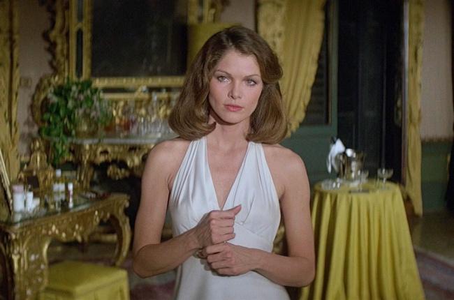 James Bond Lois Chiles