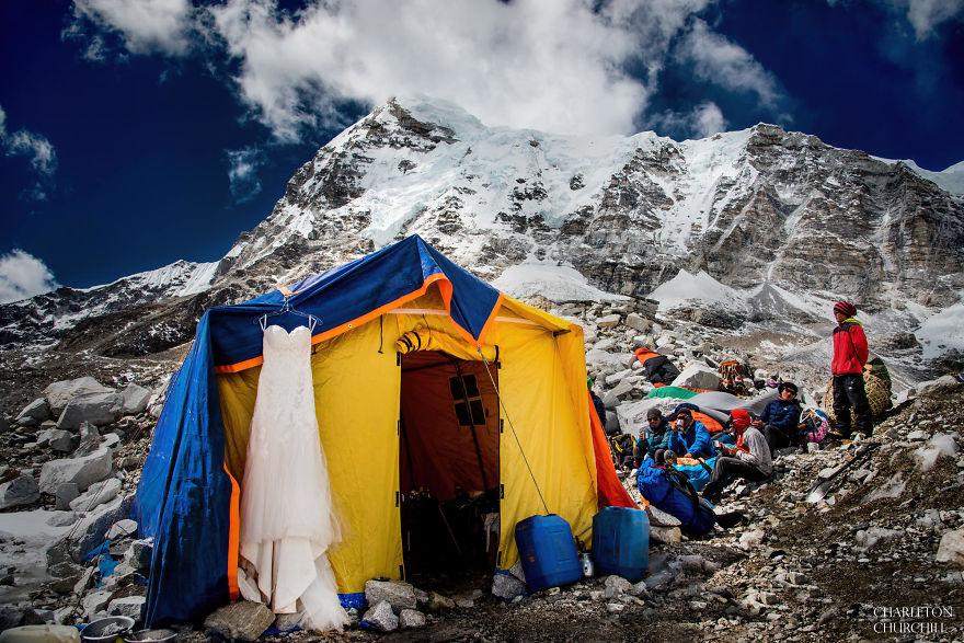 Everest'te Evlenen Çiftin Kıskandıran Fotoğrafları